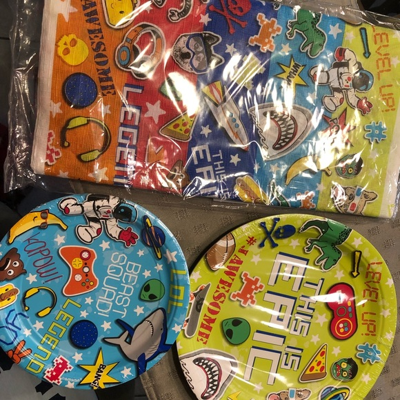 Party City Other - Birthday decorations party supplies gamer